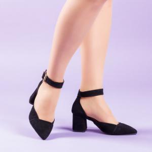 Туфли в черном замше на удобном каблуке