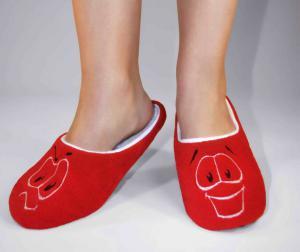 Тапочки красные смайлик