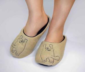 Тапочки бежевые котик