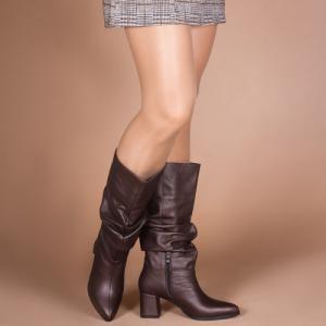 Сапоги-гармошка в коричневой коже на удобном каблуке