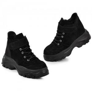 Черные замшевые ботинки на массивной платформе