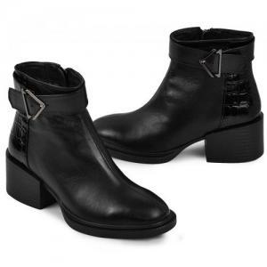 Удобные ботинки в черной коже и замше на удобном каблуке